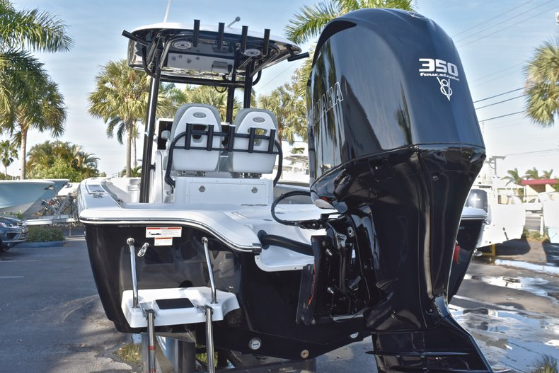 Thumbnail 9 for New 2019 Sportsman Masters 267 Bay Boat boat for sale in Vero Beach, FL
