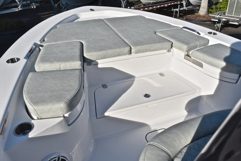 Thumbnail 53 for New 2019 Sportsman Masters 267 Bay Boat boat for sale in Vero Beach, FL