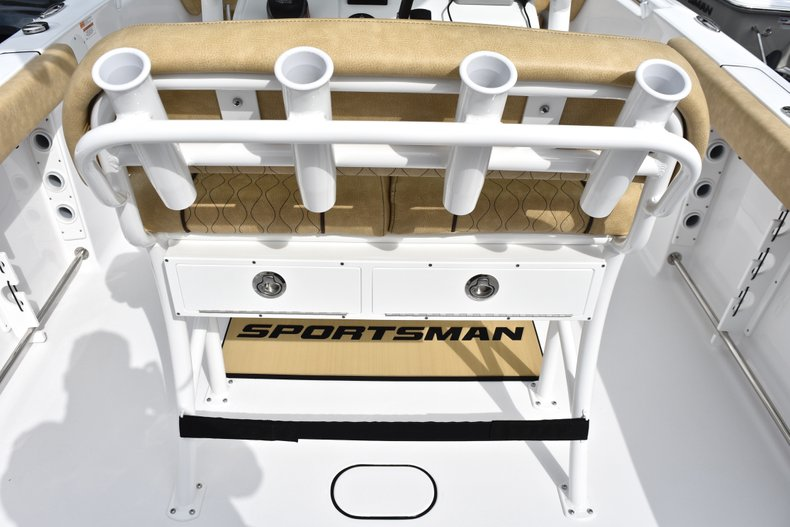 Thumbnail 20 for New 2019 Sportsman Open 232 Center Console boat for sale in West Palm Beach, FL