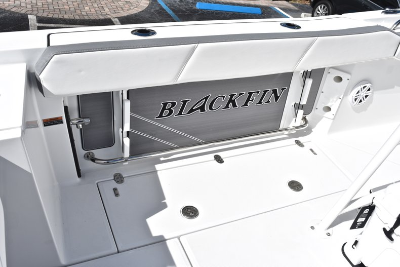 Thumbnail 27 for New 2019 Blackfin 242CC Center Console boat for sale in West Palm Beach, FL