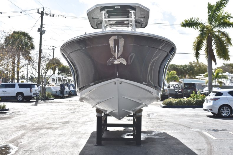 Thumbnail 2 for New 2019 Blackfin 242CC Center Console boat for sale in West Palm Beach, FL