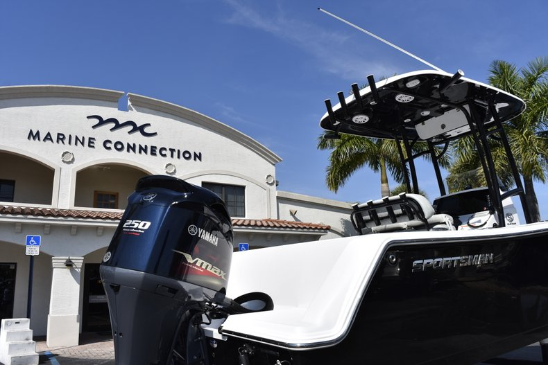 Thumbnail 8 for New 2019 Sportsman Heritage 231 Center Console boat for sale in West Palm Beach, FL