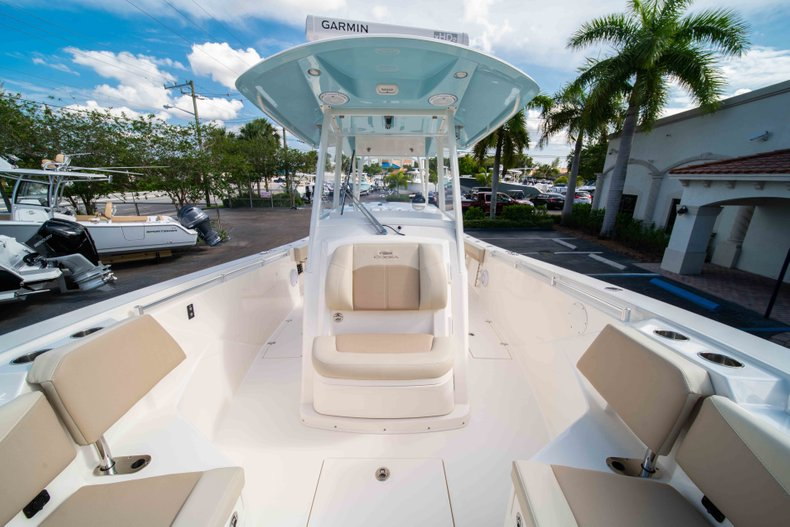 Thumbnail 41 for New 2019 Cobia 320 Center Console boat for sale in Islamorada, FL