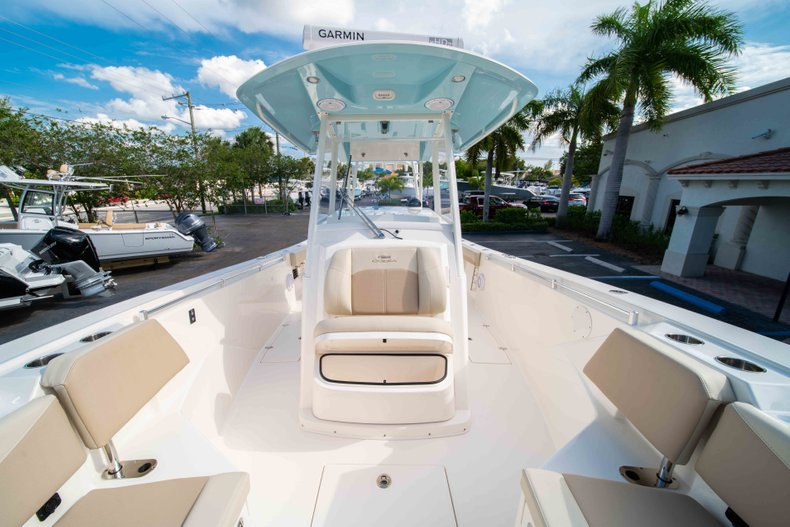 Thumbnail 42 for New 2019 Cobia 320 Center Console boat for sale in Islamorada, FL