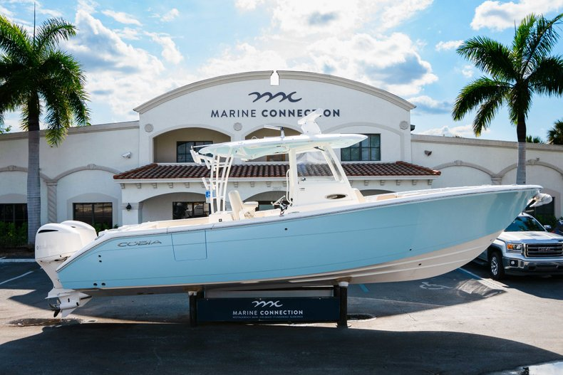 Thumbnail 0 for New 2019 Cobia 320 Center Console boat for sale in Islamorada, FL