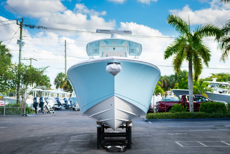 Thumbnail 2 for New 2019 Cobia 320 Center Console boat for sale in Islamorada, FL