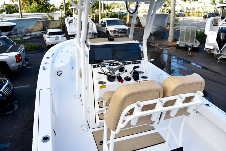 Thumbnail 10 for New 2019 Sportsman Masters 247 Bay Boat boat for sale in Miami, FL