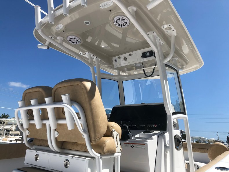 Thumbnail 2 for New 2019 Sportsman Heritage 251 Center Console boat for sale in Vero Beach, FL