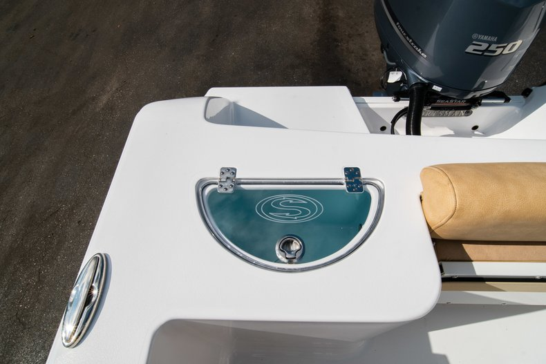Thumbnail 14 for New 2019 Sportsman Open 232 Center Console boat for sale in West Palm Beach, FL