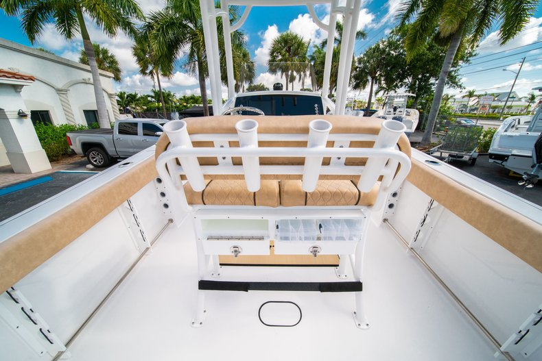Thumbnail 9 for New 2019 Sportsman Open 232 Center Console boat for sale in West Palm Beach, FL