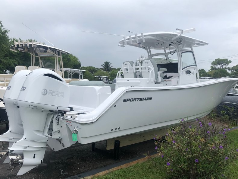 Photo for 2019 Sportsman Open 312 Center Console