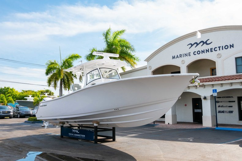 Thumbnail 1 for New 2019 Sportsman Open 312 Center Console boat for sale in Vero Beach, FL