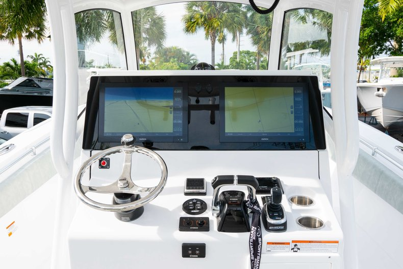 Thumbnail 29 for New 2019 Sportsman Open 312 Center Console boat for sale in Vero Beach, FL