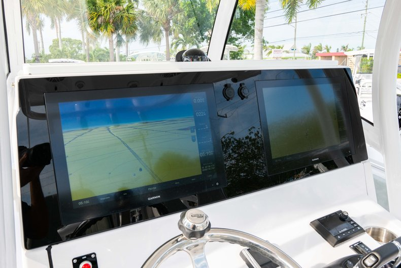 Thumbnail 30 for New 2019 Sportsman Open 312 Center Console boat for sale in Vero Beach, FL