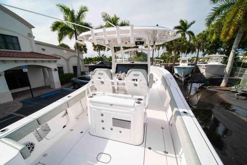 Thumbnail 8 for New 2019 Sportsman Open 312 Center Console boat for sale in Vero Beach, FL