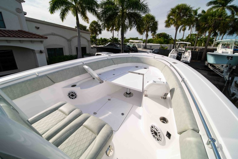 Thumbnail 35 for New 2019 Sportsman Open 312 Center Console boat for sale in Vero Beach, FL