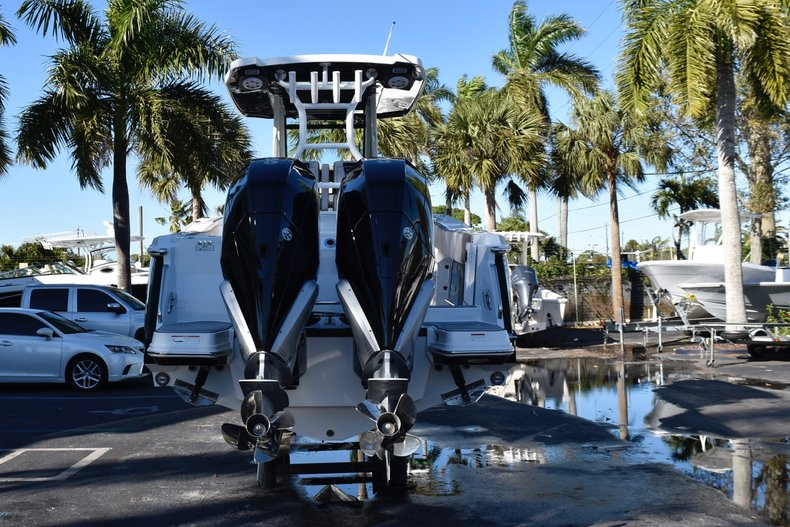 Image 6 for 2019 Blackfin 272CC Center Console in West Palm Beach, FL