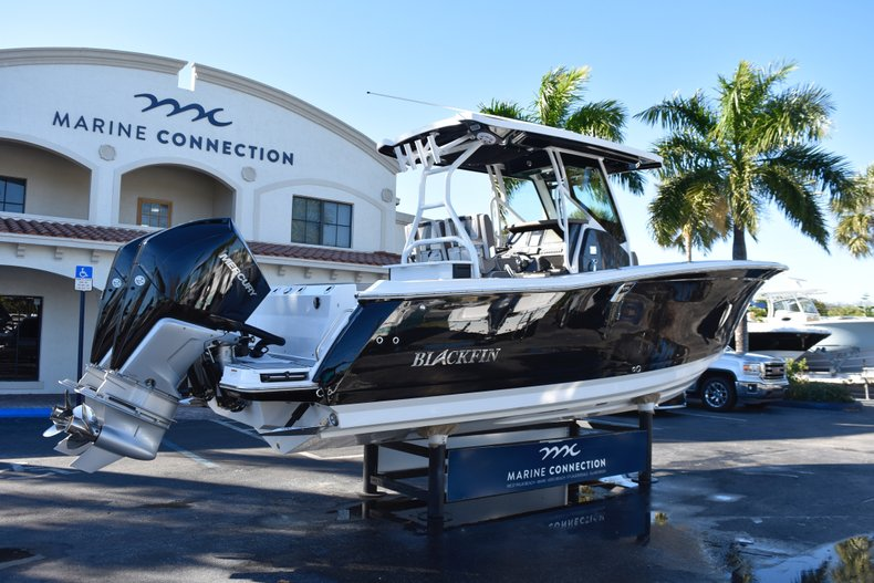 Image 7 for 2019 Blackfin 272CC Center Console in West Palm Beach, FL