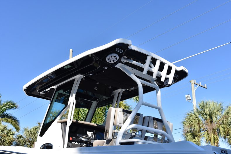 Image 8 for 2019 Blackfin 272CC Center Console in West Palm Beach, FL