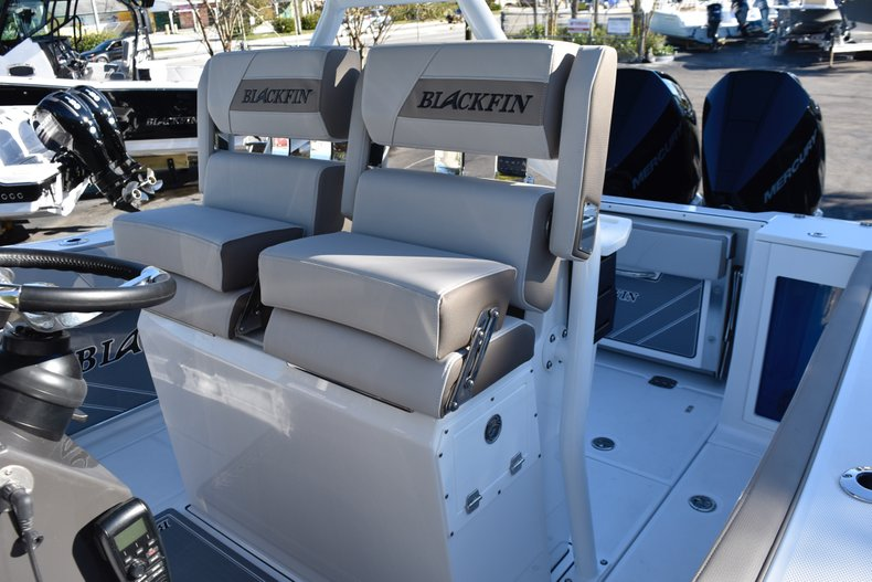 Thumbnail 36 for New 2019 Blackfin 272CC Center Console boat for sale in Fort Lauderdale, FL