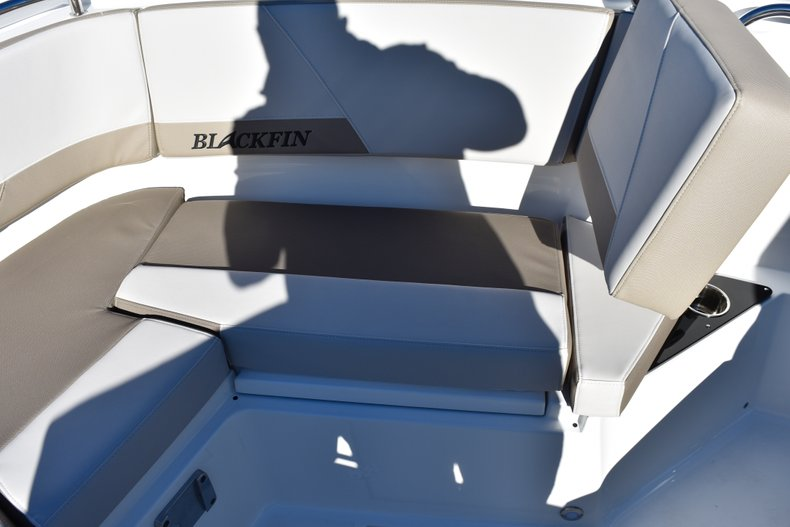 Thumbnail 75 for New 2019 Blackfin 272CC Center Console boat for sale in Fort Lauderdale, FL