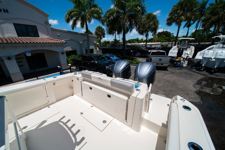 Thumbnail 8 for New 2019 Cobia 320 Center Console boat for sale in West Palm Beach, FL