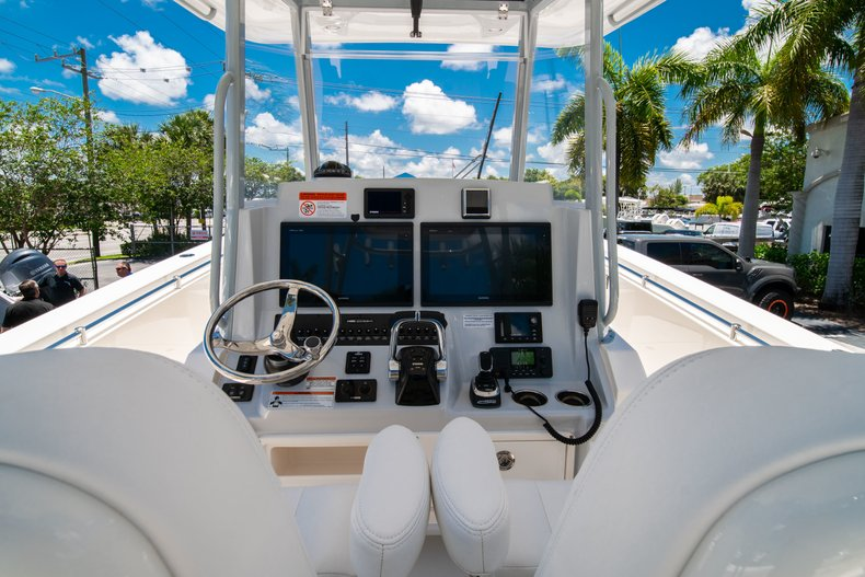 Thumbnail 22 for New 2019 Cobia 320 Center Console boat for sale in West Palm Beach, FL