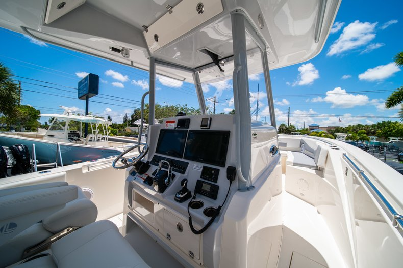 Thumbnail 23 for New 2019 Cobia 320 Center Console boat for sale in West Palm Beach, FL