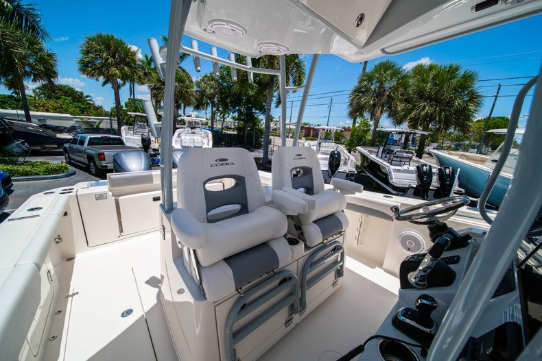Thumbnail 25 for New 2019 Cobia 320 Center Console boat for sale in West Palm Beach, FL