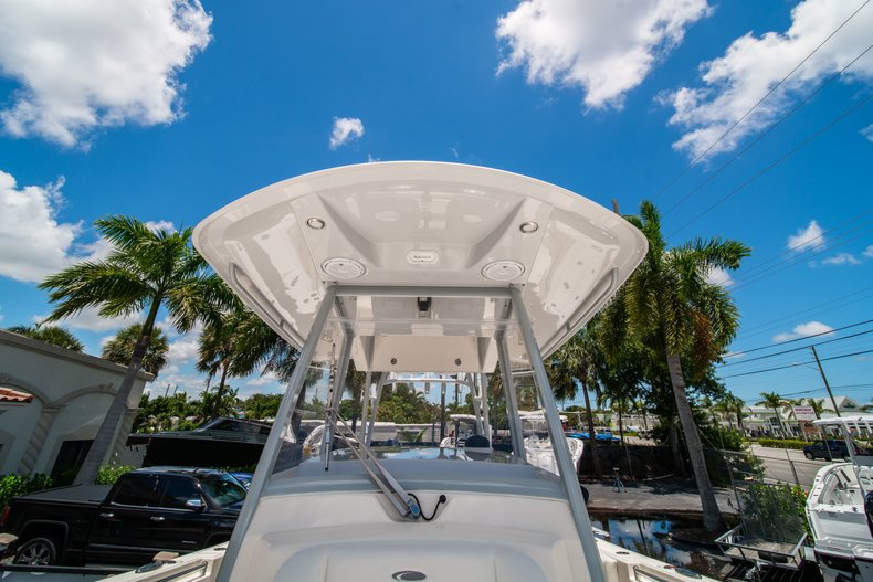 Thumbnail 37 for New 2019 Cobia 320 Center Console boat for sale in West Palm Beach, FL