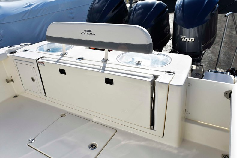 Thumbnail 5 for New 2019 Cobia 344 Center Console boat for sale in Vero Beach, FL