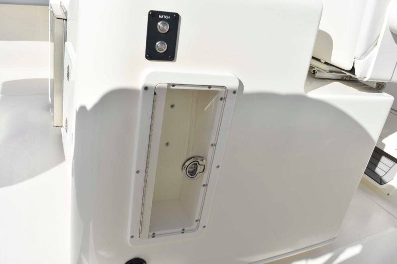 Thumbnail 35 for New 2019 Cobia 344 Center Console boat for sale in Vero Beach, FL