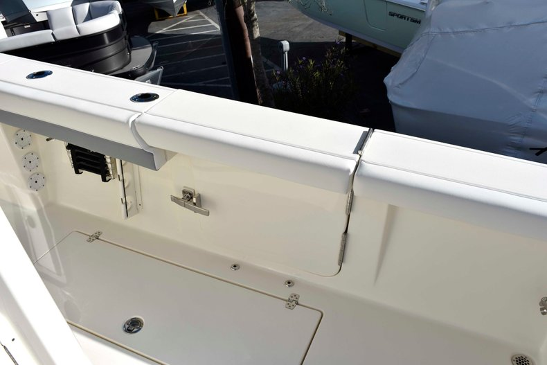 Thumbnail 31 for New 2019 Cobia 344 Center Console boat for sale in Vero Beach, FL