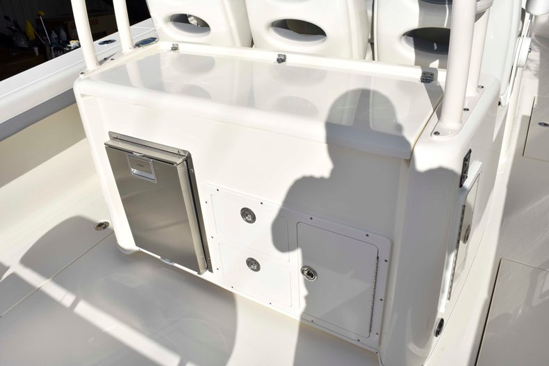 Thumbnail 33 for New 2019 Cobia 344 Center Console boat for sale in Vero Beach, FL