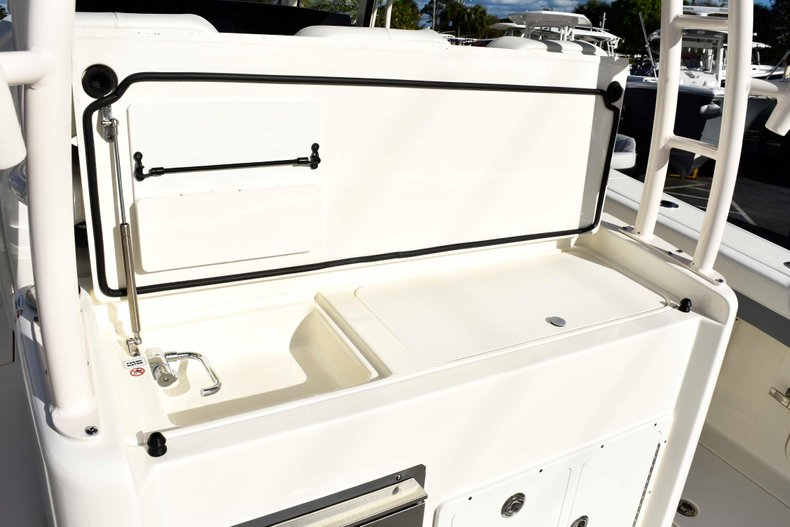 Thumbnail 22 for New 2019 Cobia 344 Center Console boat for sale in Vero Beach, FL