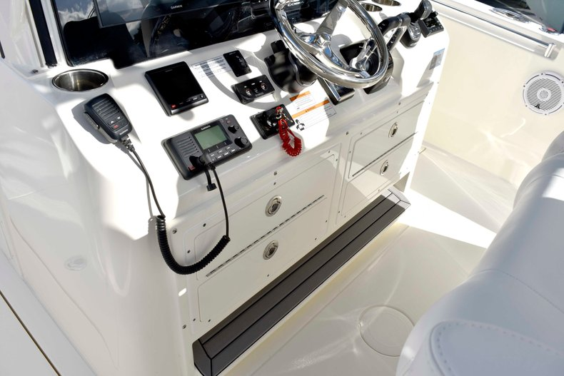 Thumbnail 45 for New 2019 Cobia 344 Center Console boat for sale in Vero Beach, FL