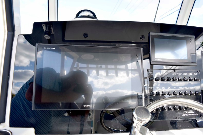 Thumbnail 61 for New 2019 Cobia 344 Center Console boat for sale in Vero Beach, FL