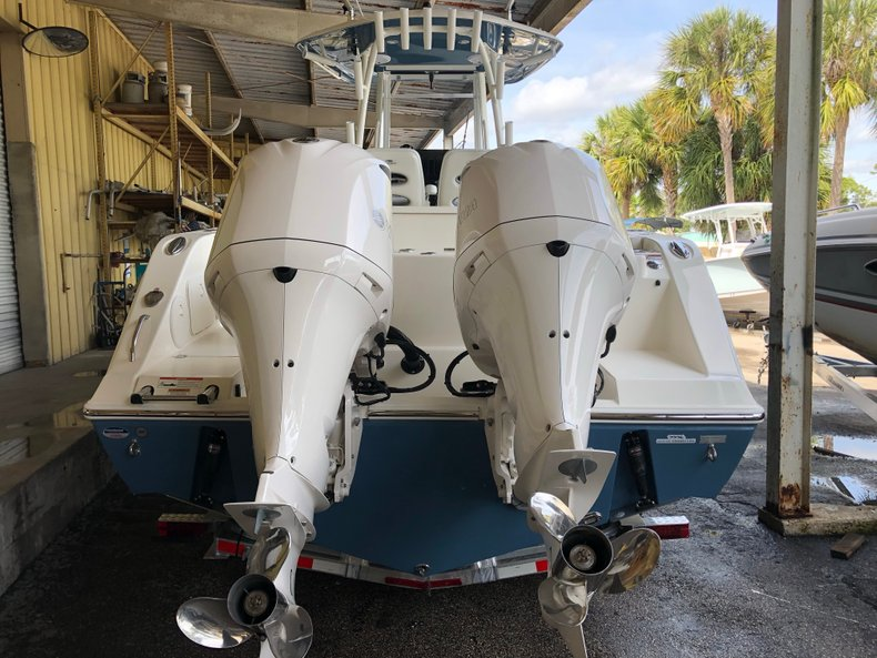 Image 3 for 2019 Cobia 301 CC Center Console in West Palm Beach, FL