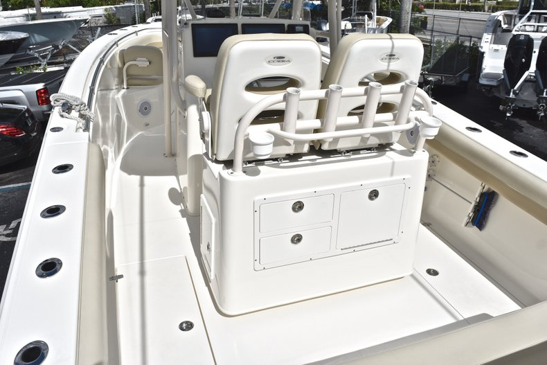 Image 8 for 2018 Cobia 277 Center Console in West Palm Beach, FL