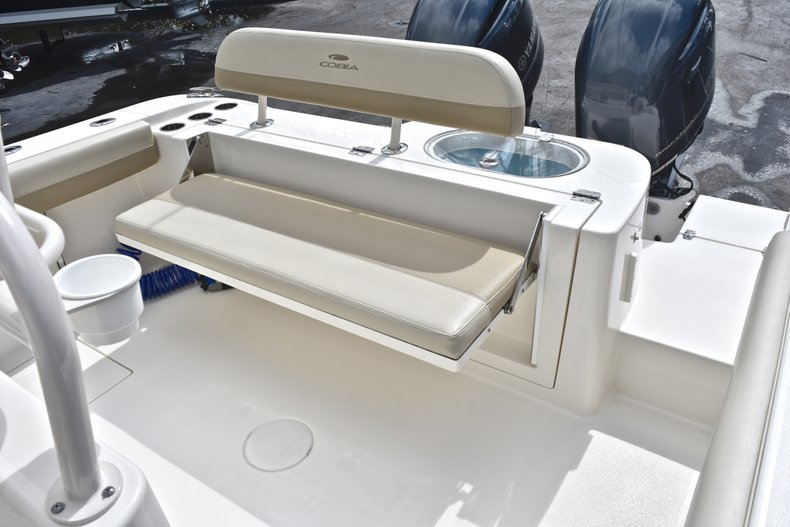 Image 12 for 2018 Cobia 277 Center Console in West Palm Beach, FL