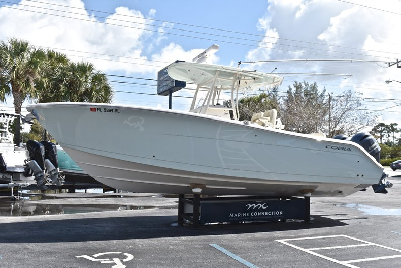 Image 3 for 2018 Cobia 277 Center Console in West Palm Beach, FL