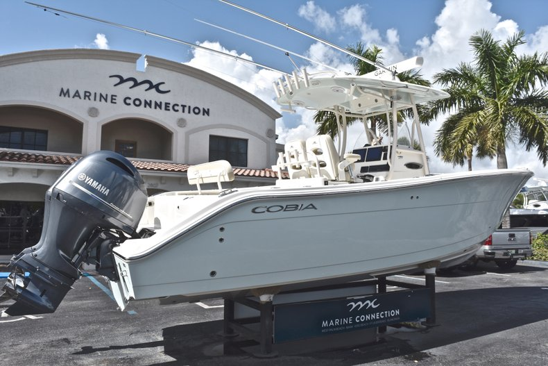 Image 7 for 2018 Cobia 277 Center Console in West Palm Beach, FL