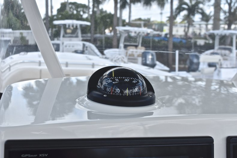Image 30 for 2018 Cobia 277 Center Console in West Palm Beach, FL