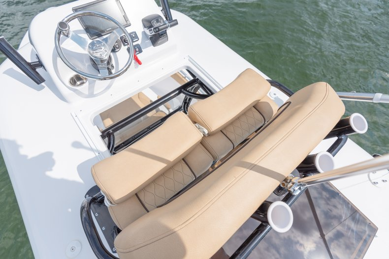 Thumbnail 6 for New 2019 Sportsman Open 282 TE Center Console boat for sale in West Palm Beach, FL
