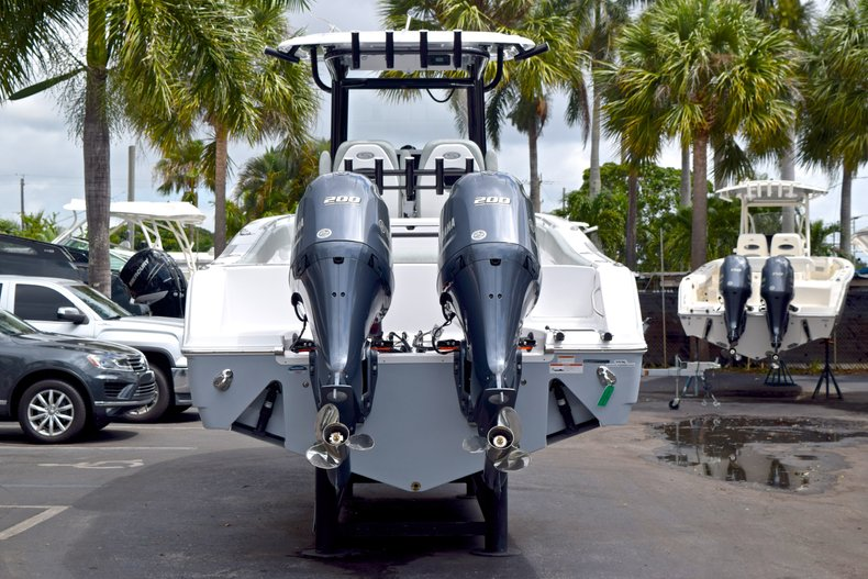 Thumbnail 6 for New 2019 Sportsman Open 282 TE Center Console boat for sale in Vero Beach, FL