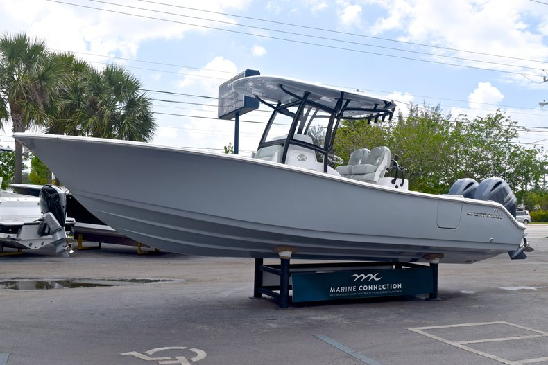 Thumbnail 3 for New 2019 Sportsman Open 282 TE Center Console boat for sale in Vero Beach, FL