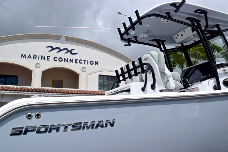Thumbnail 8 for New 2019 Sportsman Open 282 TE Center Console boat for sale in Vero Beach, FL