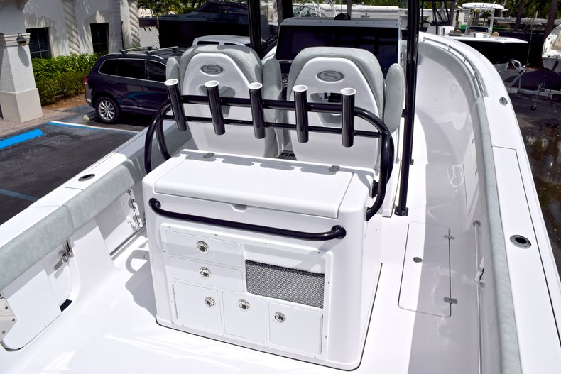 Thumbnail 10 for New 2019 Sportsman Open 282 TE Center Console boat for sale in Vero Beach, FL