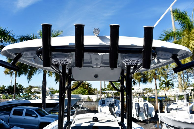 Thumbnail 27 for New 2019 Sportsman Open 232 Center Console boat for sale in West Palm Beach, FL