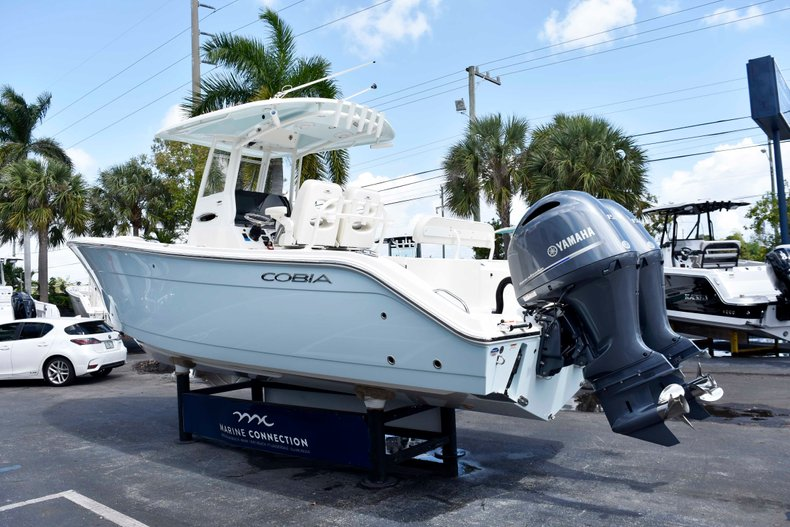 Thumbnail 5 for New 2019 Cobia 262 Center Console boat for sale in West Palm Beach, FL